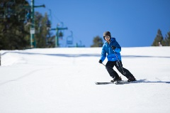 male skiing