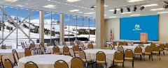 Winter image of Mountainside Conference Center meeting space