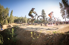 dual slalom, two people competing on a course