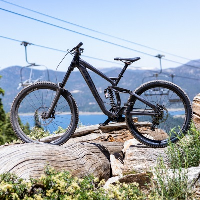 DISCOUNTS ON MOUNTAIN BIKING LESSONS & RENTALS